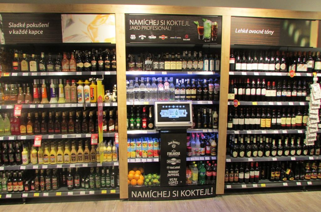 Smart display can mix drinks