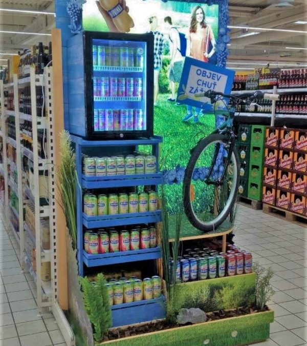 Step to the pedals! Birell's new display allures to the summer relax